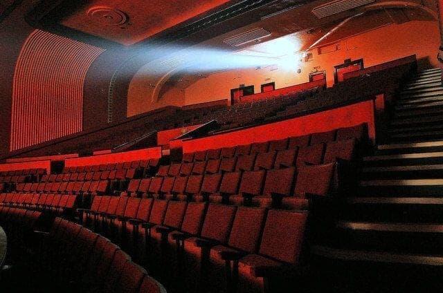 La piratería en las salas de cine es un problema actual en España